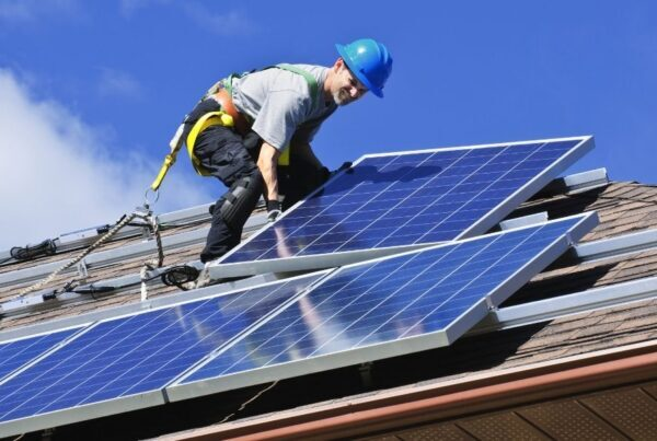 How Solar Panels are Secured To Your Roof