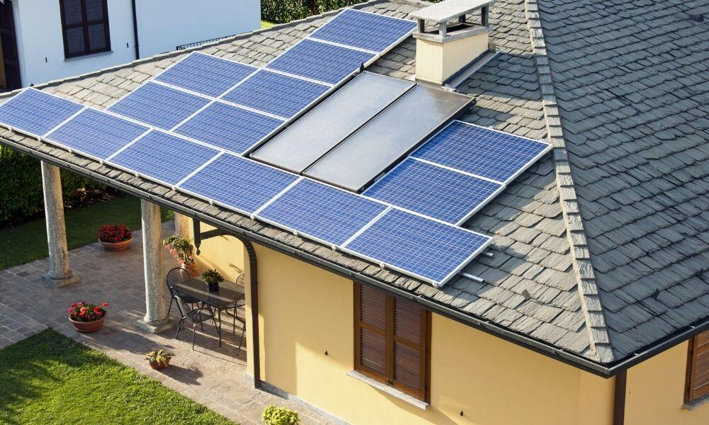 Why You Shouldn't Do a DIY Solar Panel Installation